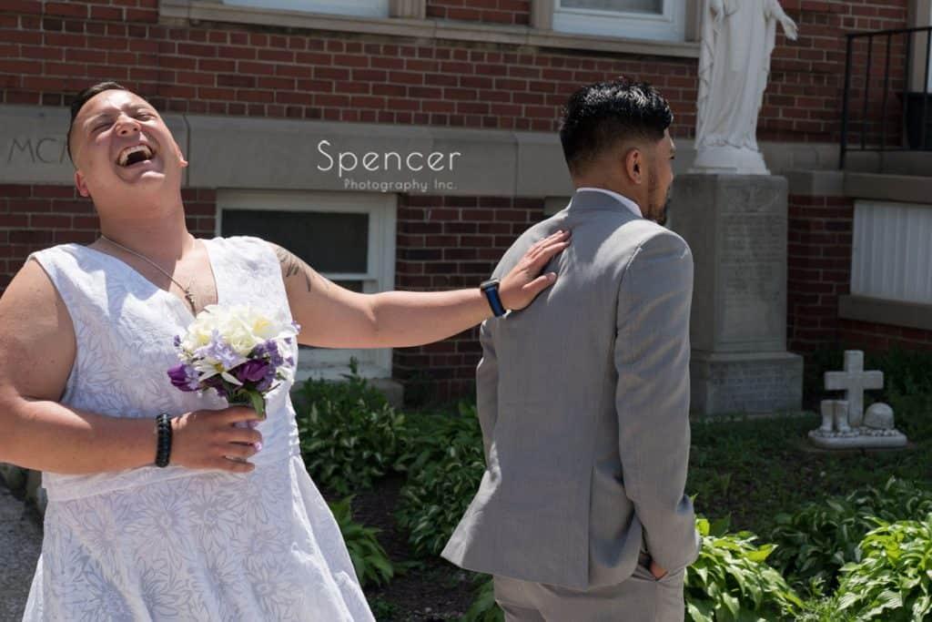 best man hasseling groom