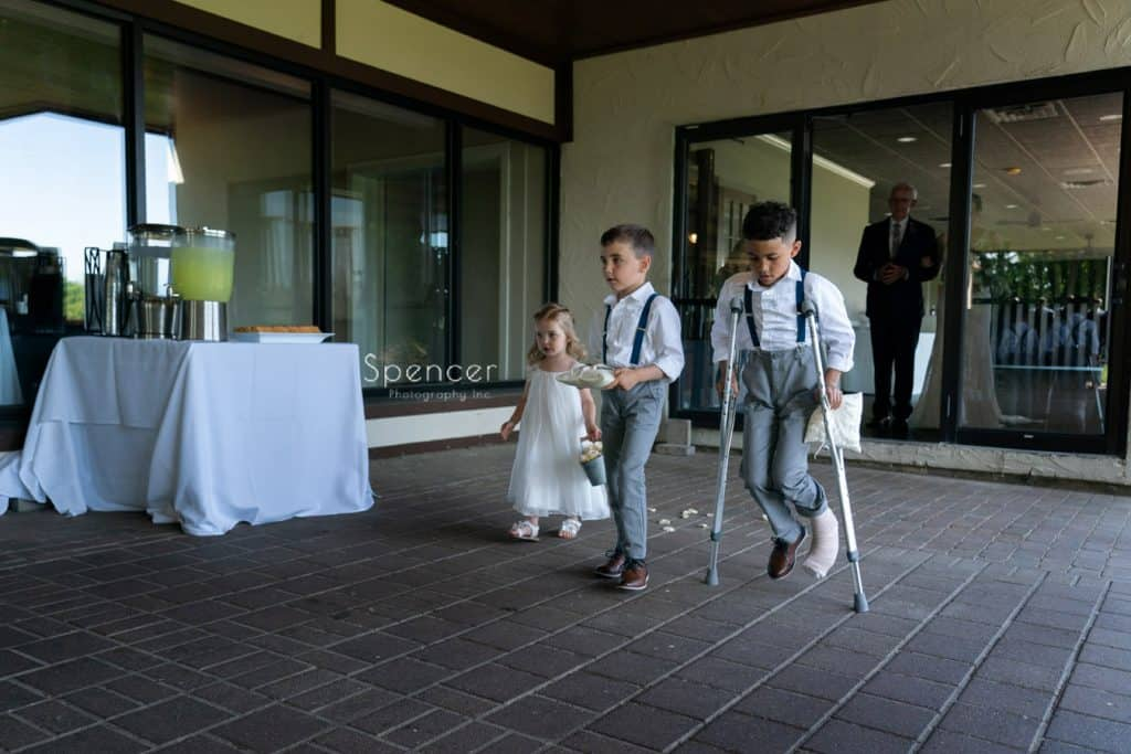 kids walking aisle at Columbia Hills Country Club wedding ceremony