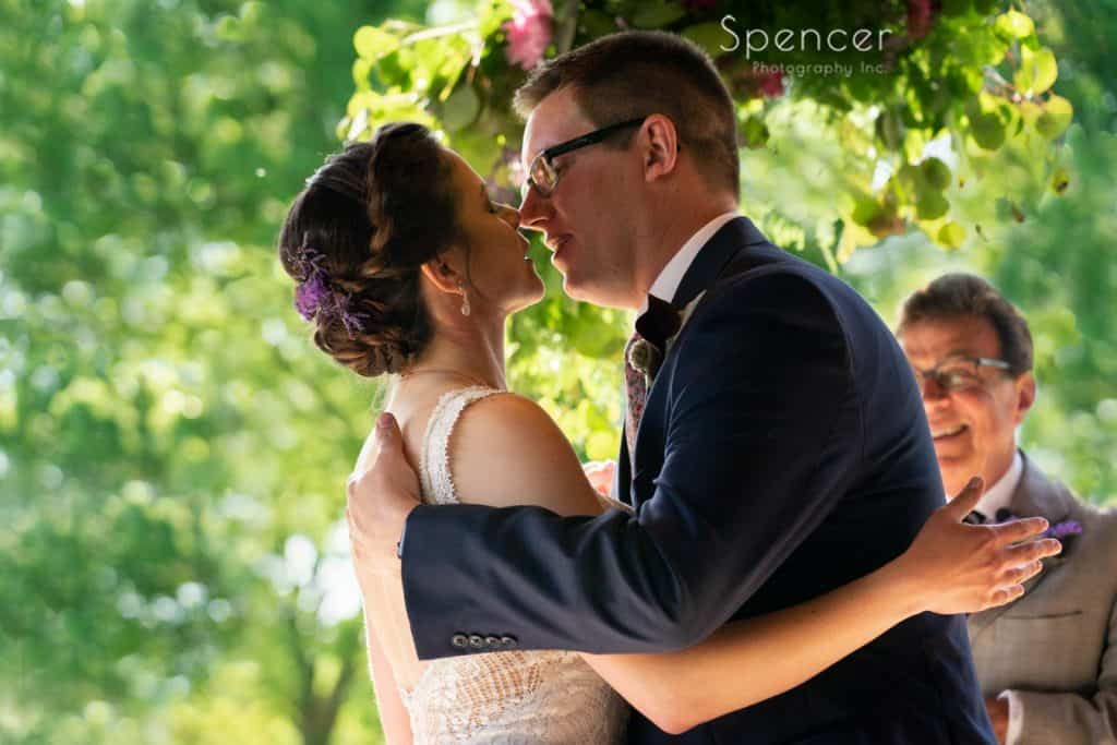 first kiss at Columbia Hills wedding ceremony