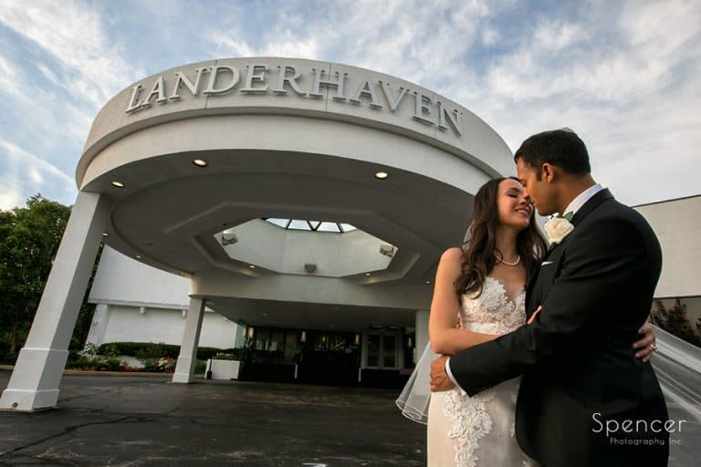 Wedding Ceremony at Landerhaven // Cleveland Photographers