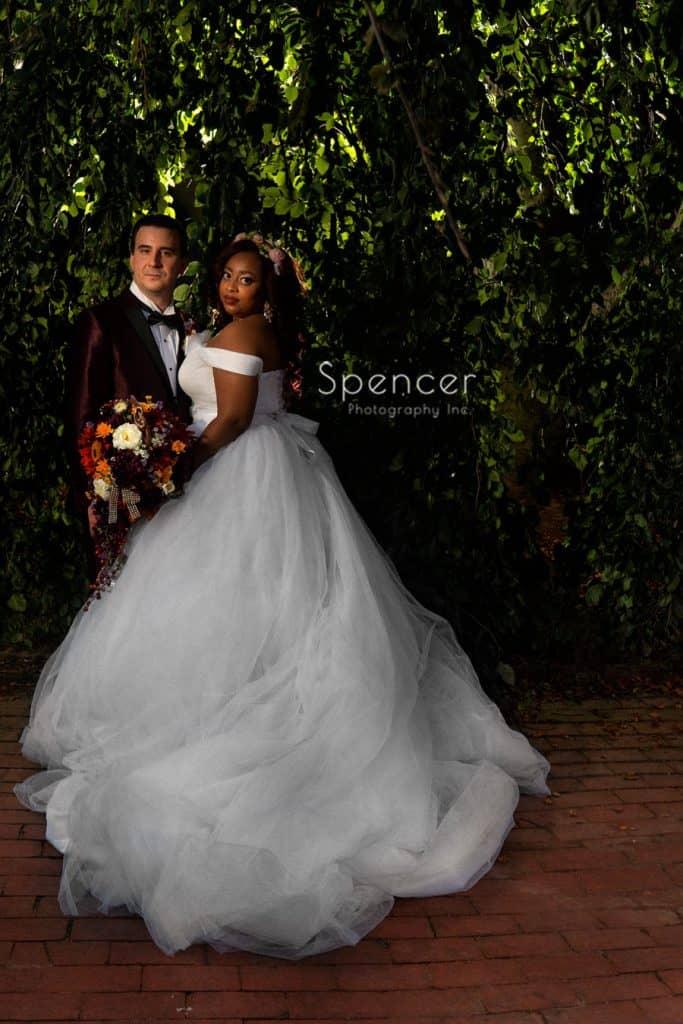 formal wedding portrait at Allen Memorial Art Museum