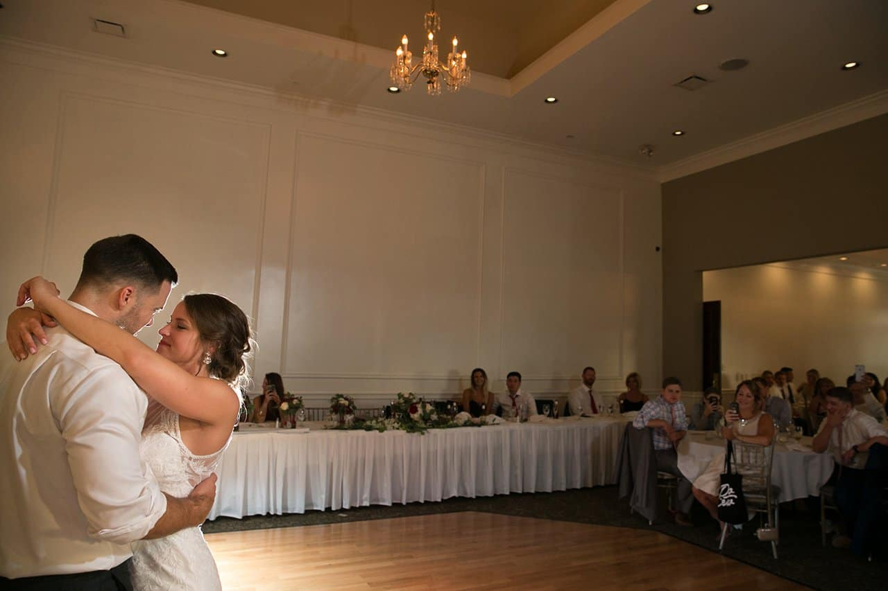 first dance at acacia in Beachwood Ohio