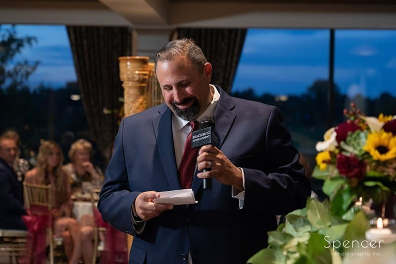 brother of bride gives speech