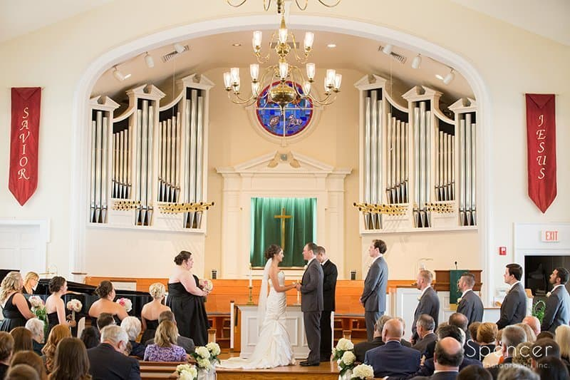 Church on the Lakes wedding ceremony picture
