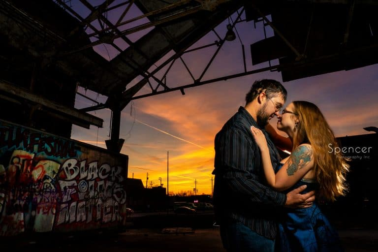 Engagement Pictures in  Lakeview Cemetery Cleveland // Cleveland Photographers