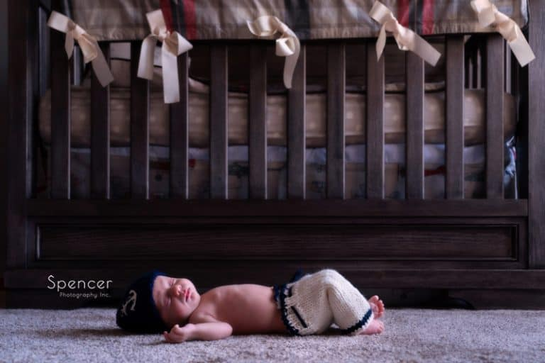 Newborn Pictures in Tallmadge // Cleveland Photographers