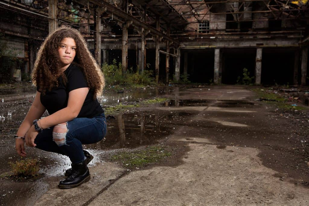 senior picture in cleveland warehouse