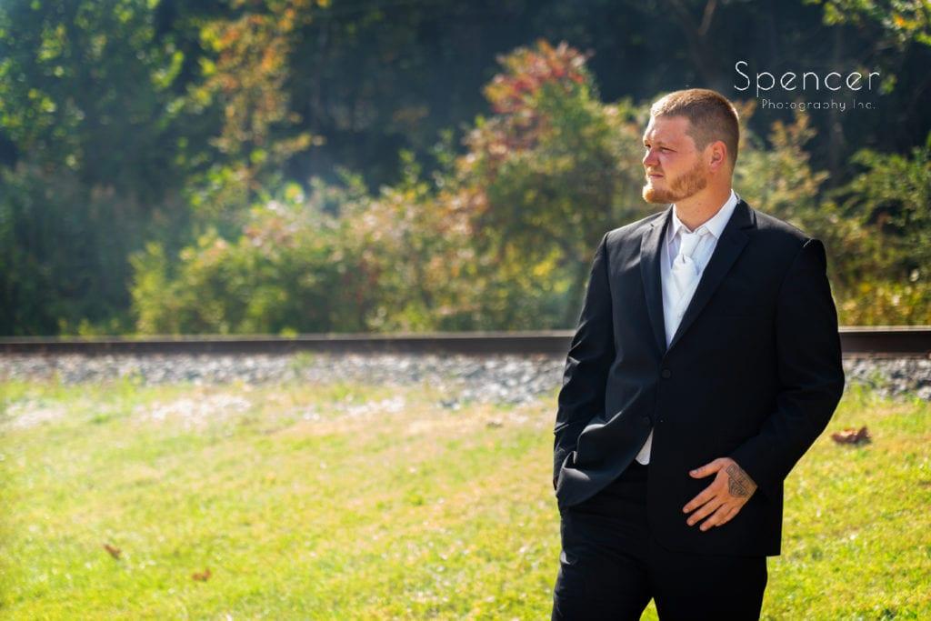 picture of groom before his wedding in Merriman Valley Akron