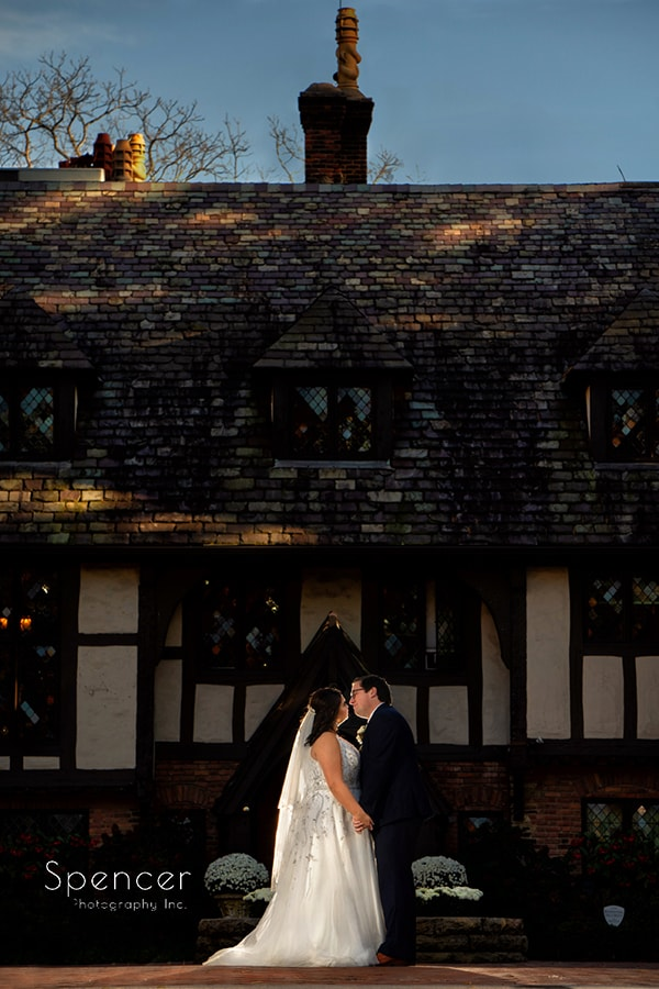 bride and groom kissing at The Club at Hillbrook