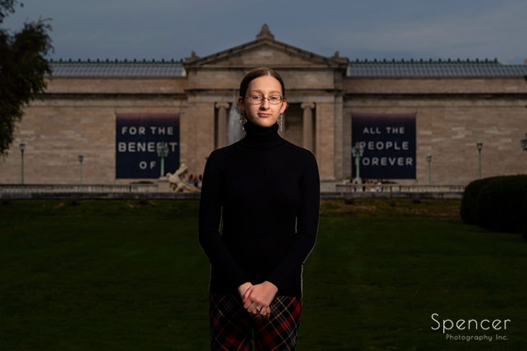 Cami's Artistic Senior Pictures At Cleveland Museum of Art // Cleveland Photographer