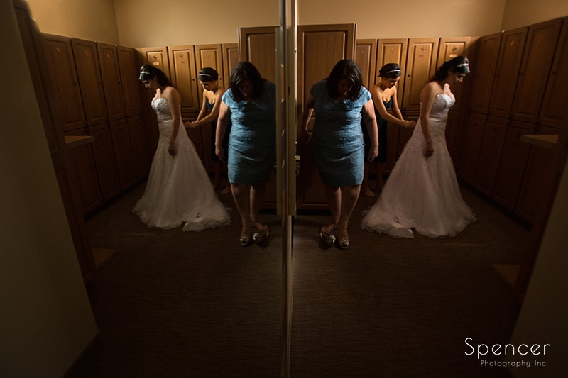 bride getting ready for her wedding at Troon North in Scottsdale AZ