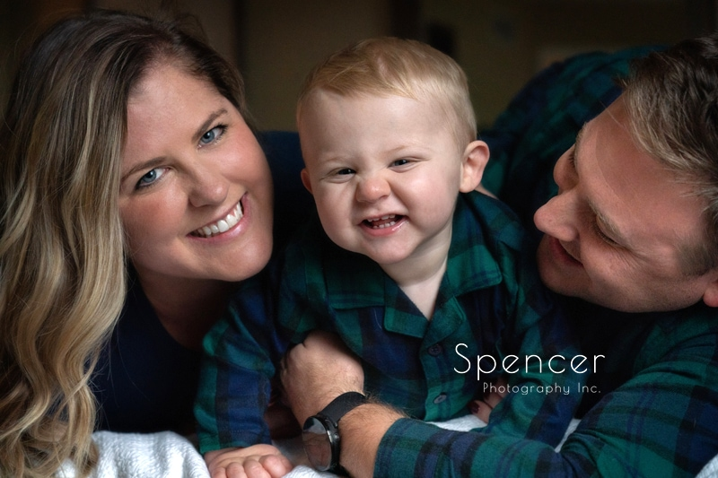 Family Pictures in Willoughby – Cleveland Portrait Photographers