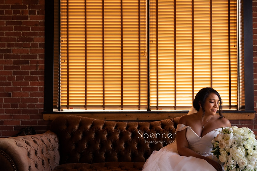picture of bride in bridal suite at Ariel International
