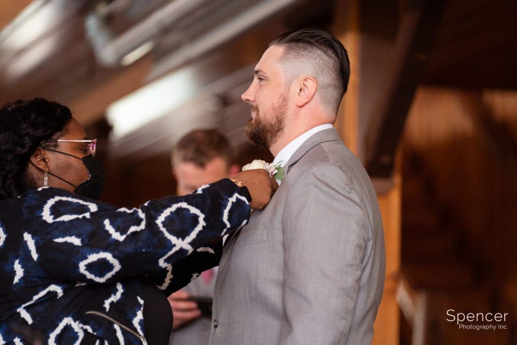 vision pushers helping groomsmen