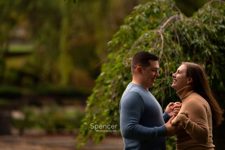 Read more about the article Engagement Photos in Wade Oval // Cleveland Photographer